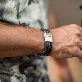 sd-lincoln-vintage-grey-wristshot
